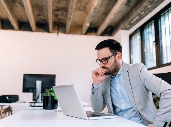 6 věcí, které v práci dělají nepostradatelní lidé