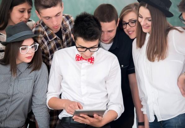 Práva, IT, grafika, medicína: kolik si vyděláte po škole?