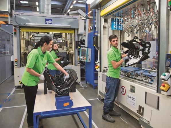 YFAI láká techniky i ekonomy: do Plané nad Lužnicí a Žatce