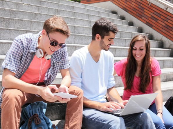 31 top firem láká absolventy: začněte kariéru u nás!